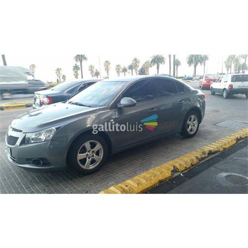 Chevrolet cruze sedan impecable