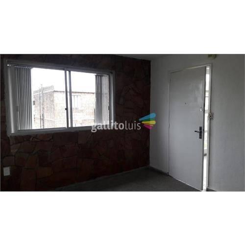 Apartamento castro y pena 2 dormitorios por escalera