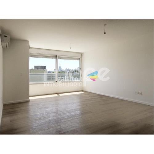 Venta apartamento 3 dormitorios 2 baños 91 m2